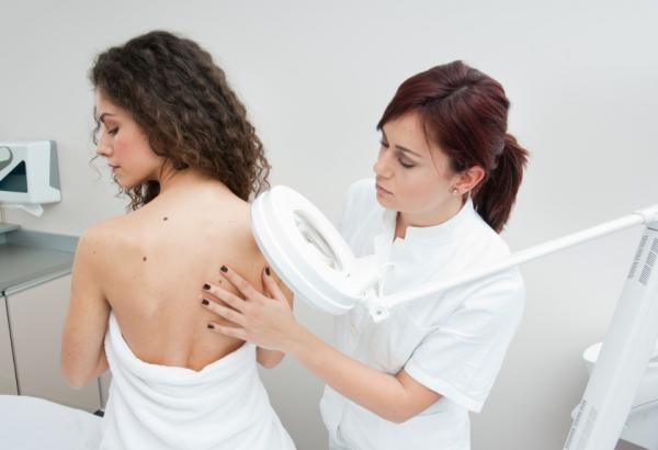 acne espalda embarazo